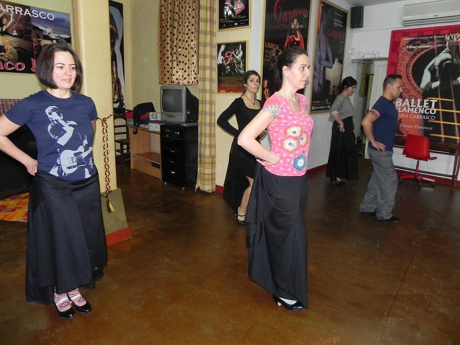 Clase de Flamenco inicial en el estudio El Tablao.